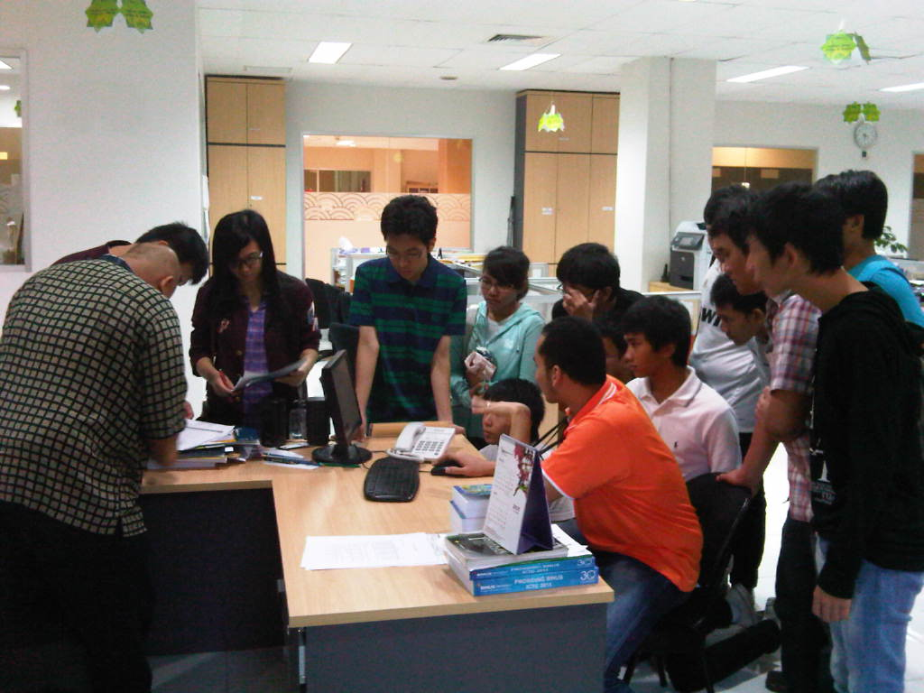 Studi Banding Universitas Negri Padang
