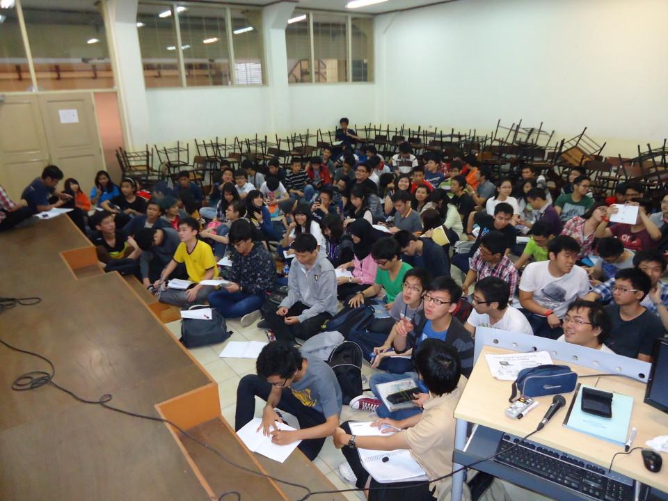 Responsi Kalkulus I pada Kamis, 5 Juni 2014 pk 09.20-11.00 di R. K3D, kampus Syahdan BINUS University